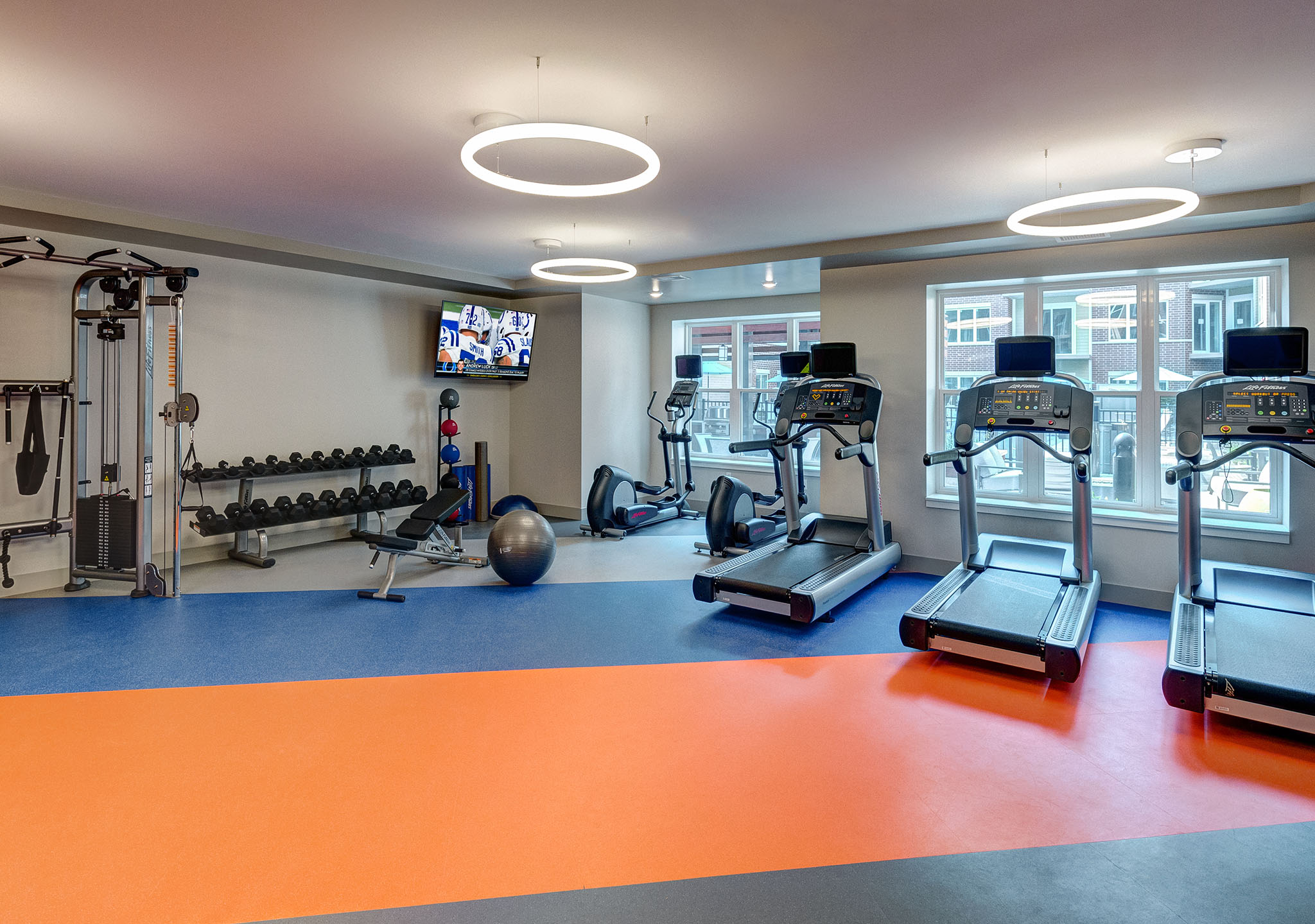 Cardio Equipment at Buckingham Place, Illinois, 60016