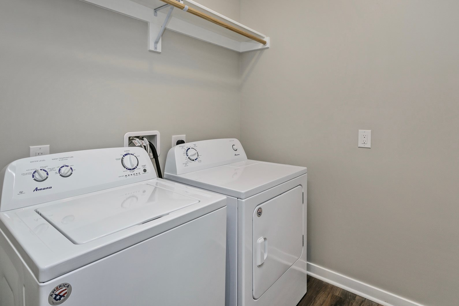 Full Size Washer & Dryer at Landings, The, Bellevue