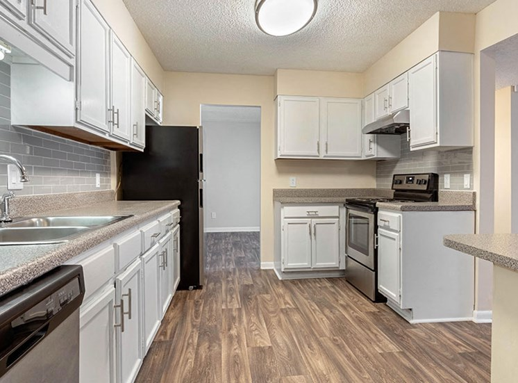 Hickory - 2 bed 2 bath - kitchen