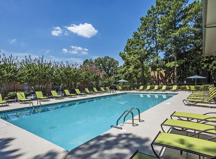 riverchase landing pool