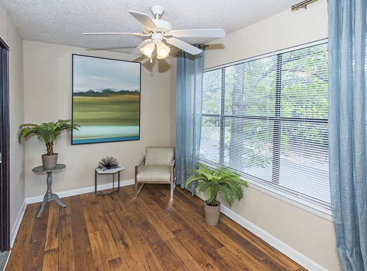 hickory 2 bed 2 bath sunroom
