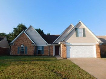 1681 Mary Payton Dr 4 Beds House for Rent Photo Gallery 1