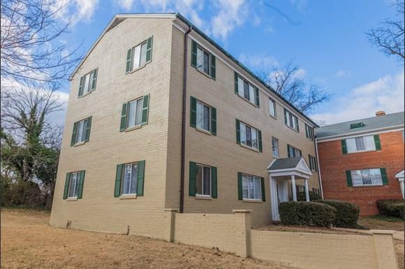 Columbia Gardens Apartments 48 S Greenbrier St Arlington VA Cool 2 Bedroom Apartments Arlington Va