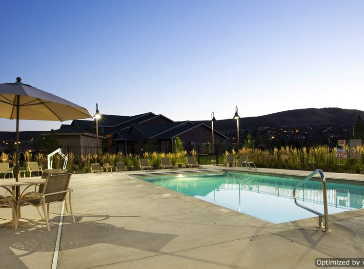 Richland, WA Badger Mountain Ranch Apartments at Pool at Dusk