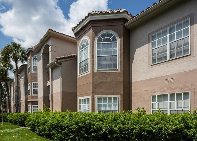The Vinings at Hunters Green Apartments Tampa Exterior
