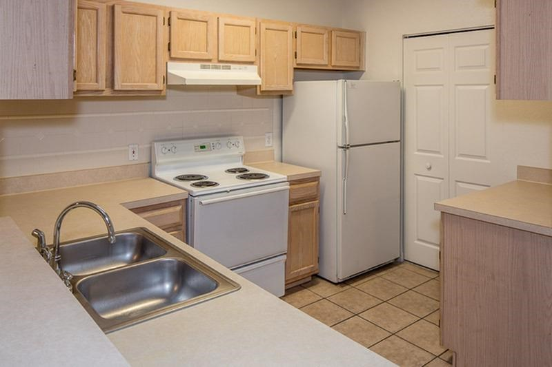 The Vinings at Hunters Green Apartments Tampa Kitchen