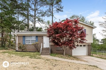 1924 David Dr NE 3 Beds House for Rent Photo Gallery 1