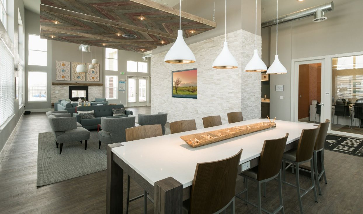clubhouse lounge area | The Ridge at Thornton Station Apartments in Thornton, CO