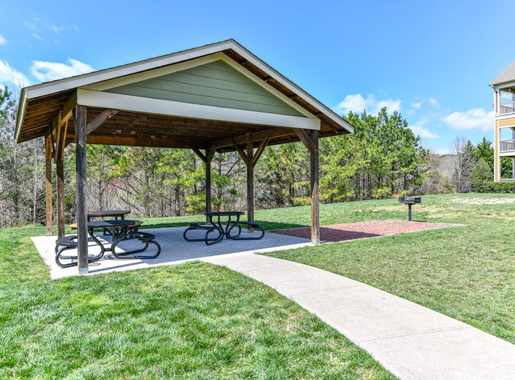 Outdoor Covered Picnic Pavilion and Bike/Walking Paths thru the grounds of Alden Place at South Square Apartments, Durham, NC 27707