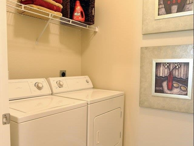 Laundry Convenience with Full Size Washer and Dryer in All Units at Cambridge Square Apartments, Overland Park, KS 66211
