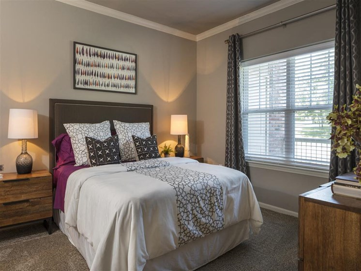 Master Bedroom Feels Large and Spacious with Impressive 9 Foot Ceilings and Large Walk-In Closets at Greenwood Reserve Apartments, Lenexa, KS 66215