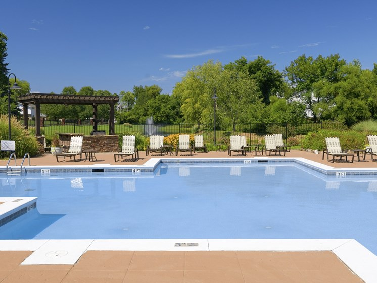 Pool deck with seating at Parc 1346 in Chattanooga, TN 37421
