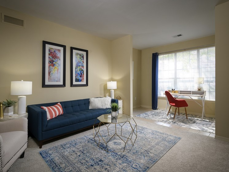 Open living room at Parc 1346 in Chattanooga, TN 37421