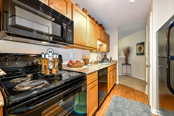 8401 West 123Rd Street 1-2 Beds Apartment for Rent Photo Gallery 1