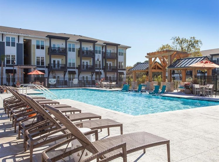 Swimming Pool With Relaxing Sundecks at Spyglass Seaside, Charleston, South Carolina