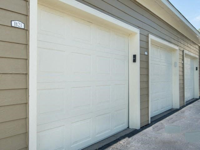 Garages and Storage Units Available at The Overlook Apartments Homes, Antioch, TN 37013