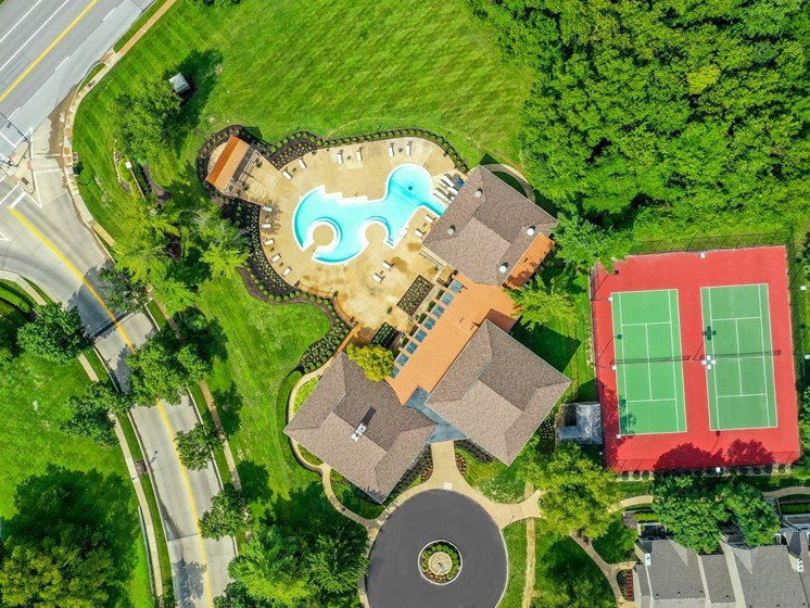 Aerial view of pool and tennis courts at 15Seventy, Chesterfield, MO 63017