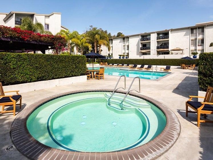 Hot Tub And Pool at Warner Villa, Woodland Hills, CA
