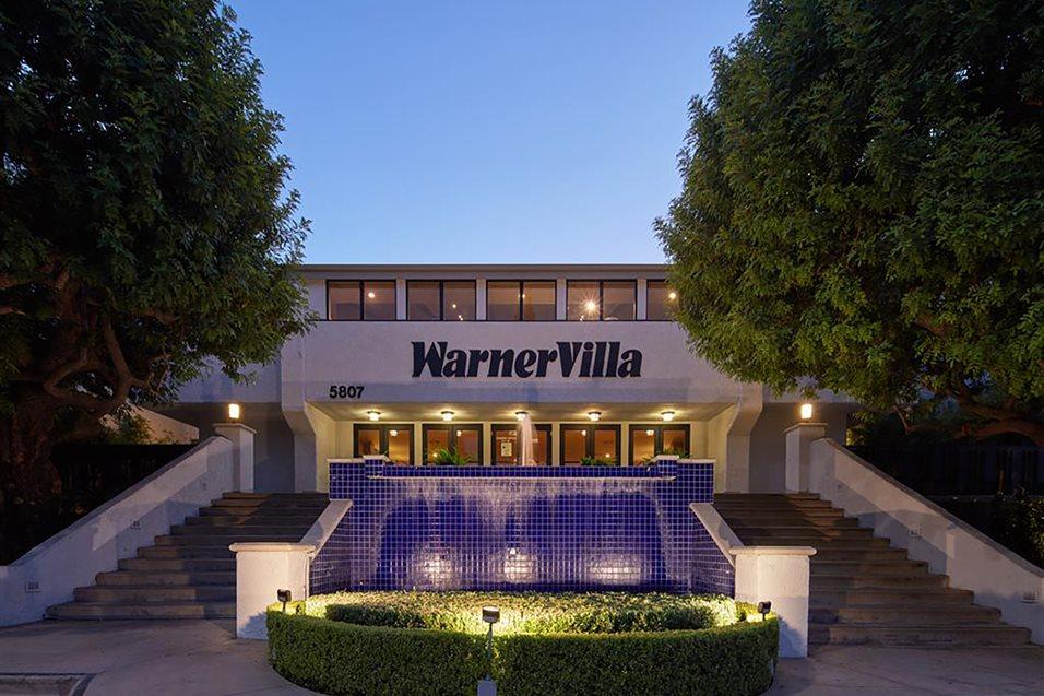 Woodland Hills Apartments For Rent Warner Villa