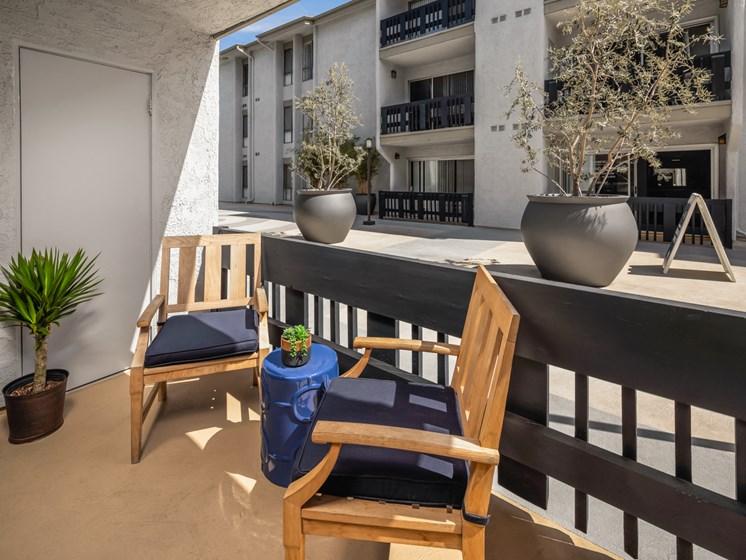 Spacious Patio With Sitting Arrangements at Warner Villa, Woodland Hills, 91367