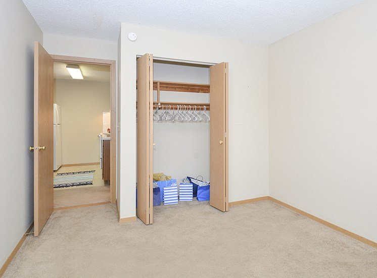 Large Closets in Bedrooms