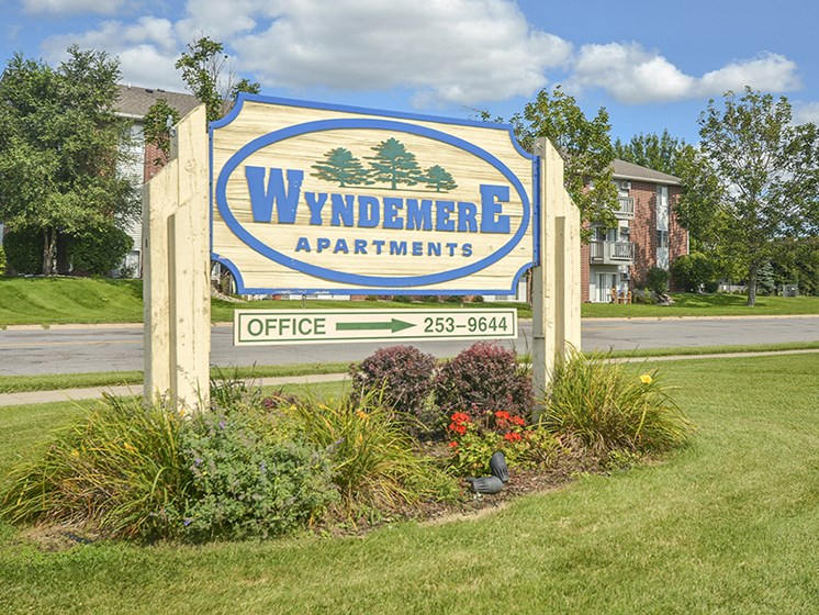 Wyndemere Apartments Entrance