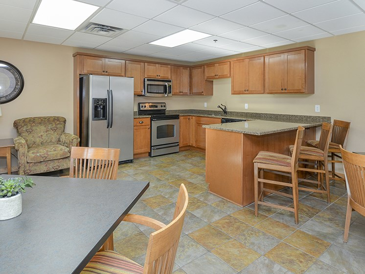 Clubhouse Kitchen and Lounge