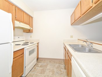 1737 48th Street NW 2-3 Beds Apartment for Rent Photo Gallery 1