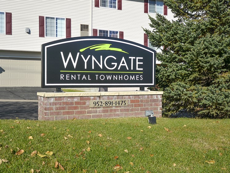Wyngate Townhomes Living