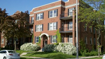 2545 N. Stowell Avenue Studio-3 Beds Apartment for Rent Photo Gallery 1