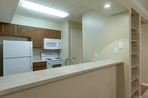 Canyon Ridge Apartments Rockwall, TX Kitchen with Breakfast Bar