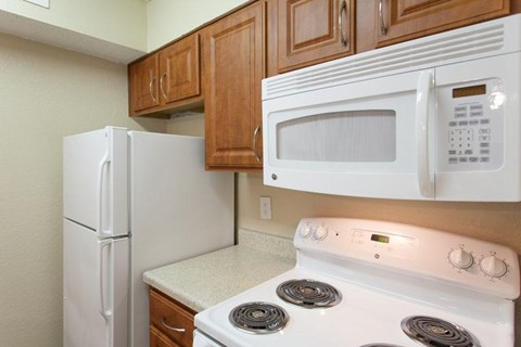 Canyon Ridge Apartments Rockwall, TX White Appliances