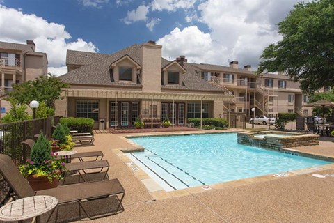 Casa Valley Apartments Irving, TX Swimming Pool