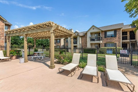 Cinnamon Park Apartments| Cabana and Pool Loungers