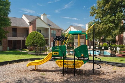 Summer Meadows Apartment Homes Plano, TX Playgorund