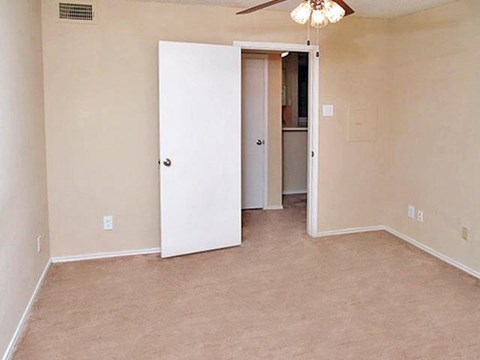 Summers Crossing Apartments Plano, TX Bedroom
