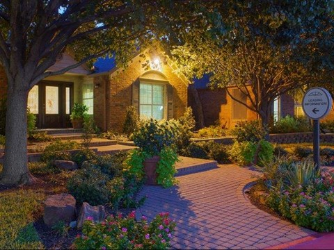 Summers Crossing Apartments Plano, TX Leasing Office