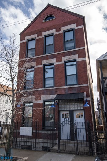 2117 W. 18Th St. 1-2 Beds Apartment for Rent Photo Gallery 1