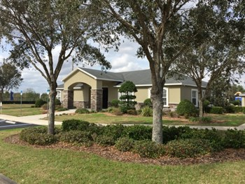 100 Laurel Meadow Drive 2 Beds Apartment for Rent Photo Gallery 1