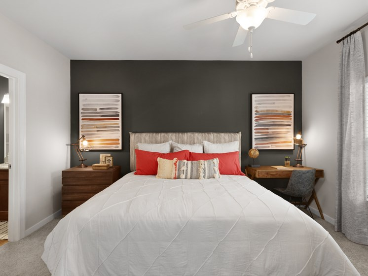 Trendy Master Carpeted Bedroom at Abberly Avera Apartment Homes, Manassas