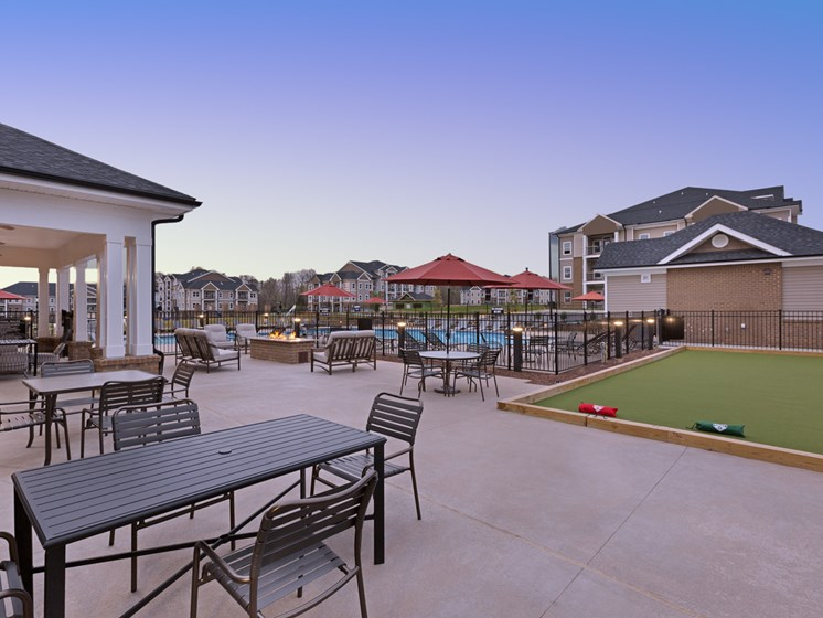 Relaxing Pool And Outdoor Entertainment Area at Abberly Avera Apartment Homes, Manassas, VA, 20109