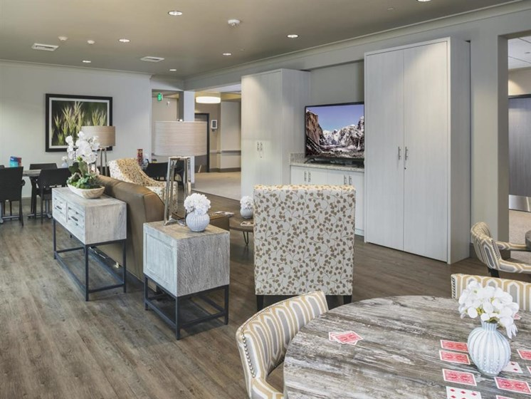 Clubroom With Smart Tv at The Oaks at Nipomo, California