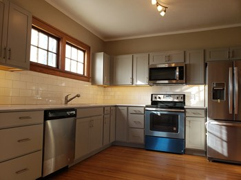 664 N. 49th St 2 Beds Townhouse for Rent Photo Gallery 1