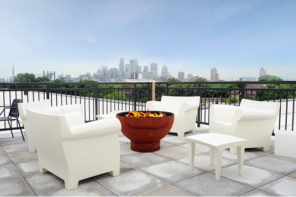 Rooftop Skydeck and Fire Pit at Spectrum Apartments Townhomes Minneapolis