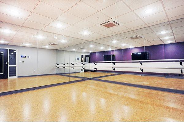 Yoga Studio at Spectrum Apartments Townhomes Minneapolis