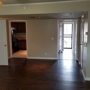 609 Alison Court 2 Beds House for Rent Photo Gallery 1