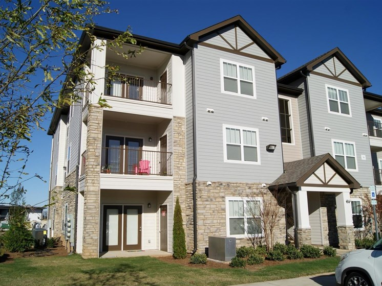 Apartment Homes With Private Balcony at Copperfield Apartments, Tennessee