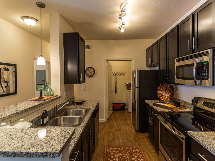 Kitchen With Efficient Equipments at Copperfield Apartments, Smyrna