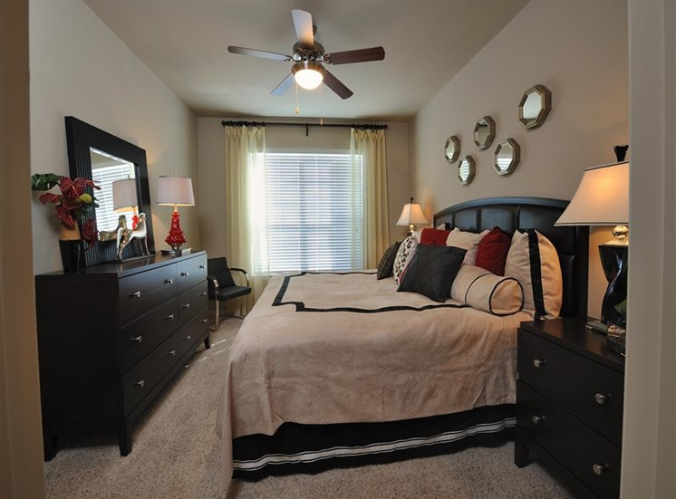Live in Cozy Bedrooms at Falls at Eagle Creek, Texas, 77396
