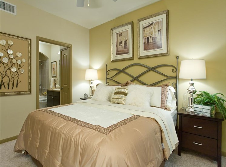 Private Master Bedroom at Yorktown Crossing, Texas, 77084